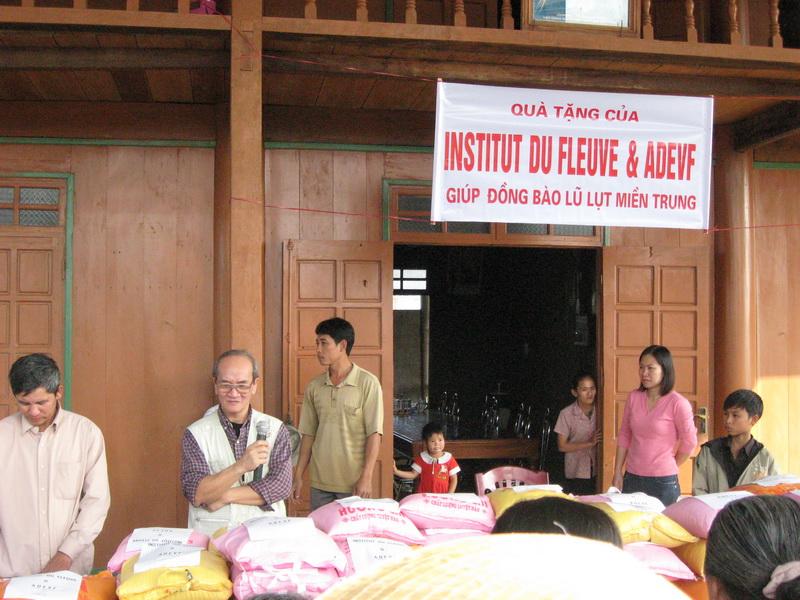 Notre cadeau de Noël pour les victimes des inondations